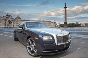 Does Rolls-Royce need a 4x4?