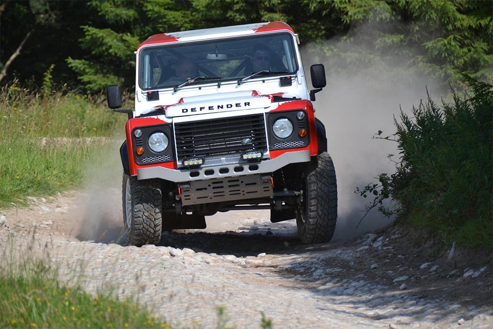 Land Rover Defender Challenge 2015 - Round 1 & 2