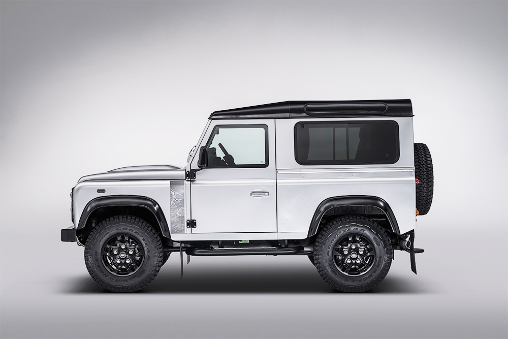 Land Rover Celebrates the Legend at Goodwood Revival