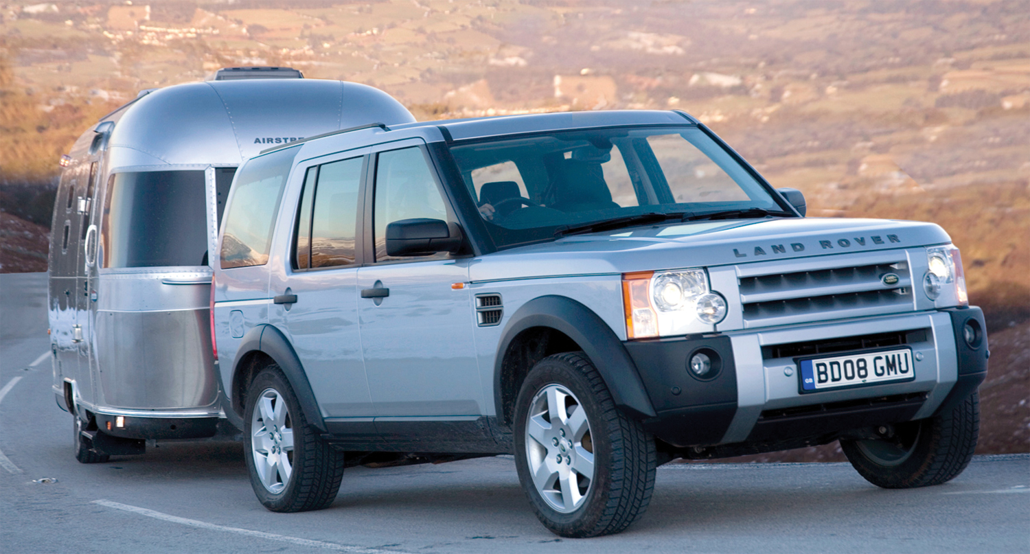 buying used land rover discovery 3 4x4 magazine. Black Bedroom Furniture Sets. Home Design Ideas