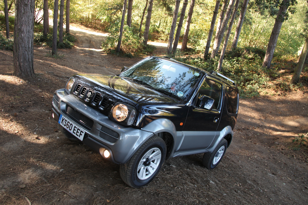 buying used suzuki jimny 4x4 magazine. Black Bedroom Furniture Sets. Home Design Ideas