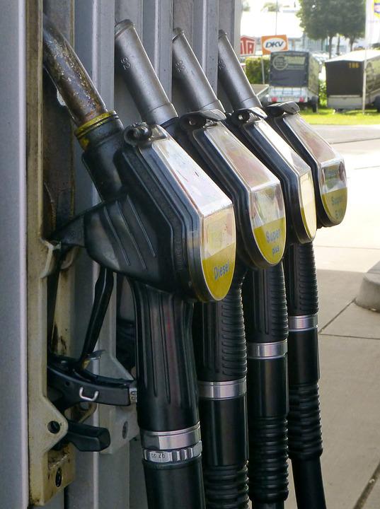 gas-pump-883076_960_720[1]