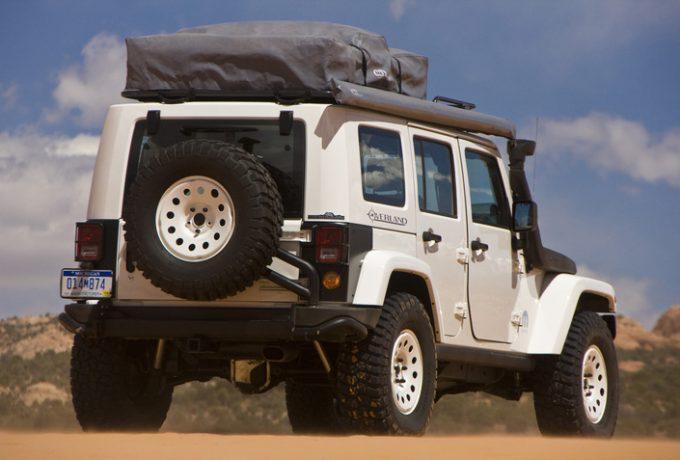 JeepWranglerOverland2__mid