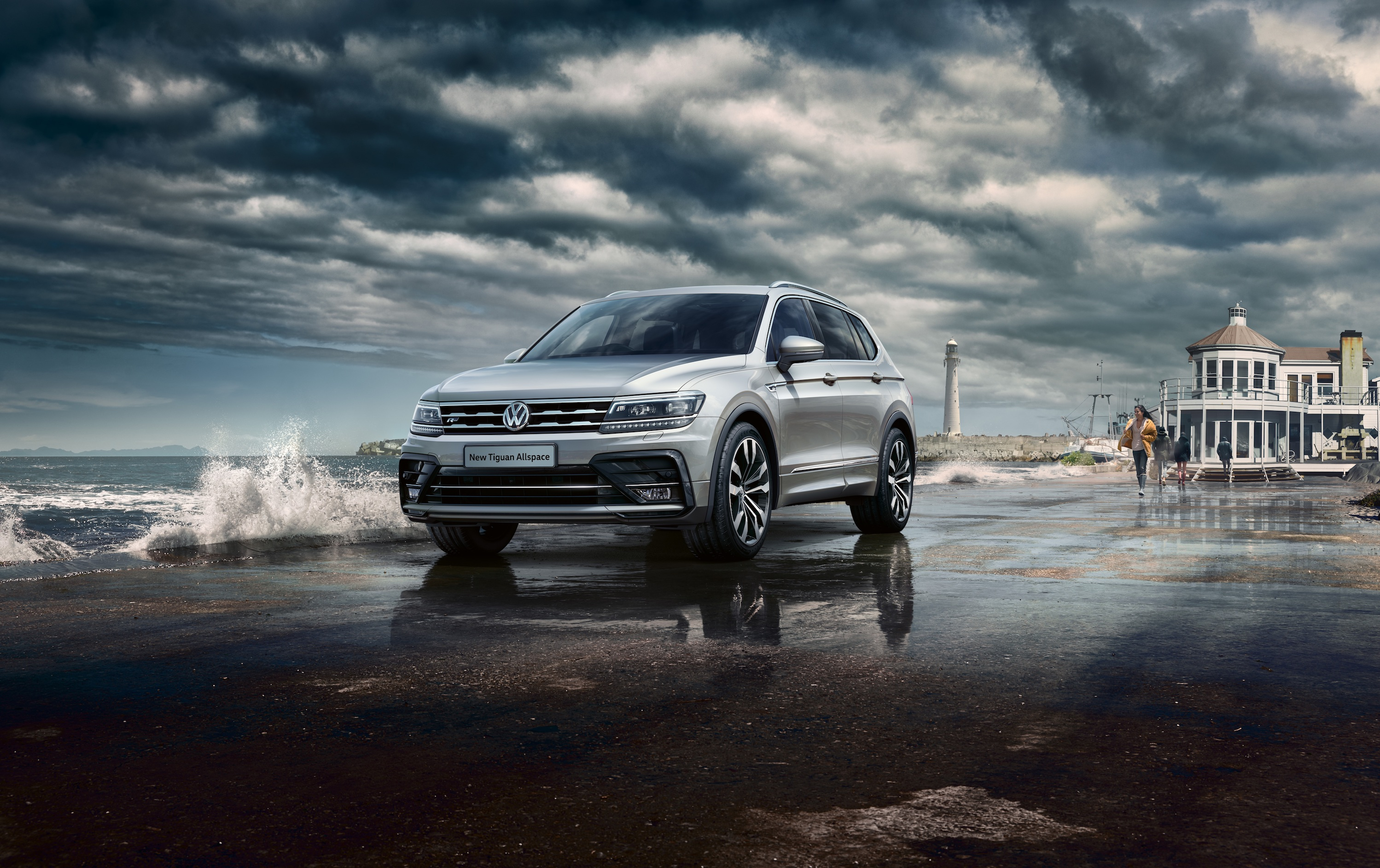vw adds r line to t roc and tiguan allspace 4x4 magazine. Black Bedroom Furniture Sets. Home Design Ideas
