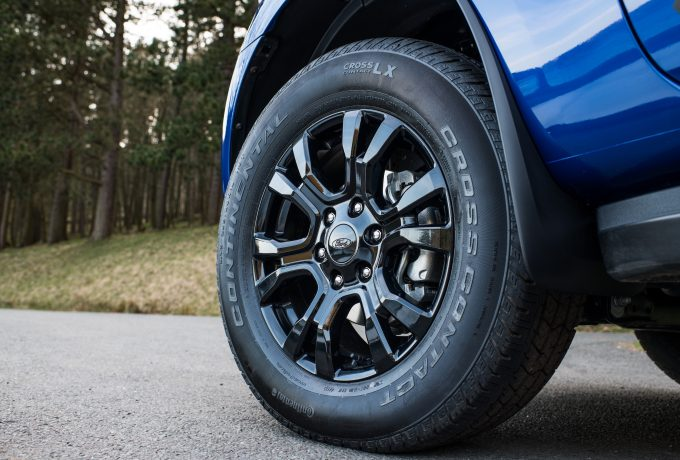 Wildtrak X features black alloy wheels