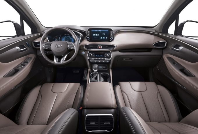 new-generation-hyundai-santa-fe-interior-02-hires