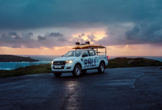 Dawn patrol by Ford Ranger