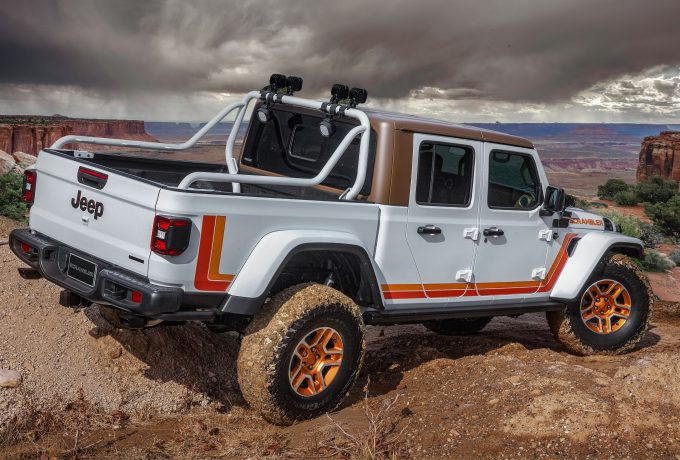 Jeep JT Scrambler_1