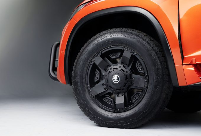 Mountiaq_wheel