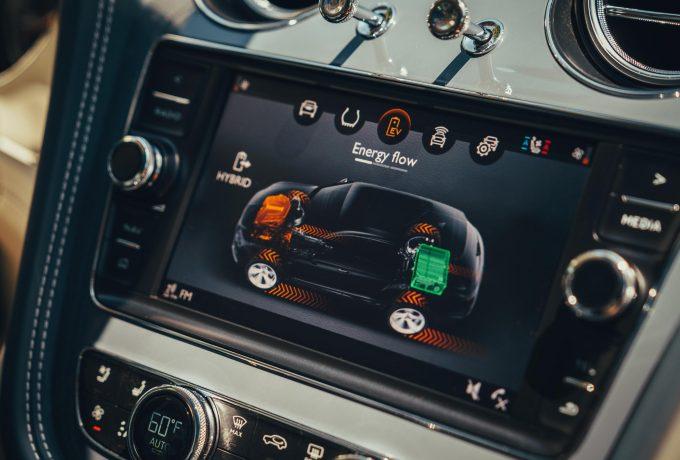 RP – Bentley Bentayga Hybrid-14