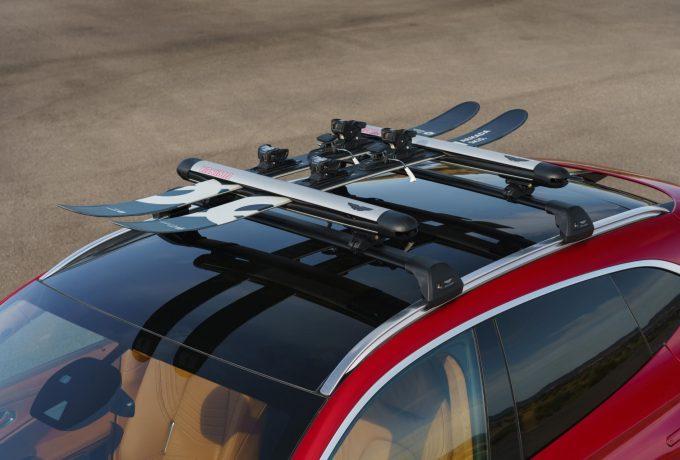 Aston Martin DBX_33_Ski Rack